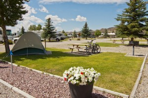 Ennis RV Village and Campground :: The perfect stop-off coming to or from Yellowstone. We are SW Montana's #1 Big Rig friendly site. Madison River fly fishing right here. Stay a night, a week or a month. WiFi!