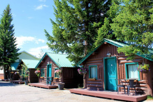 Moose Creek Inn & Cabins - Great Lodging Choice