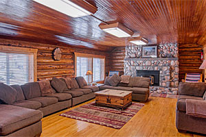 Beautiful Homes & Cabins in West Yellowstone